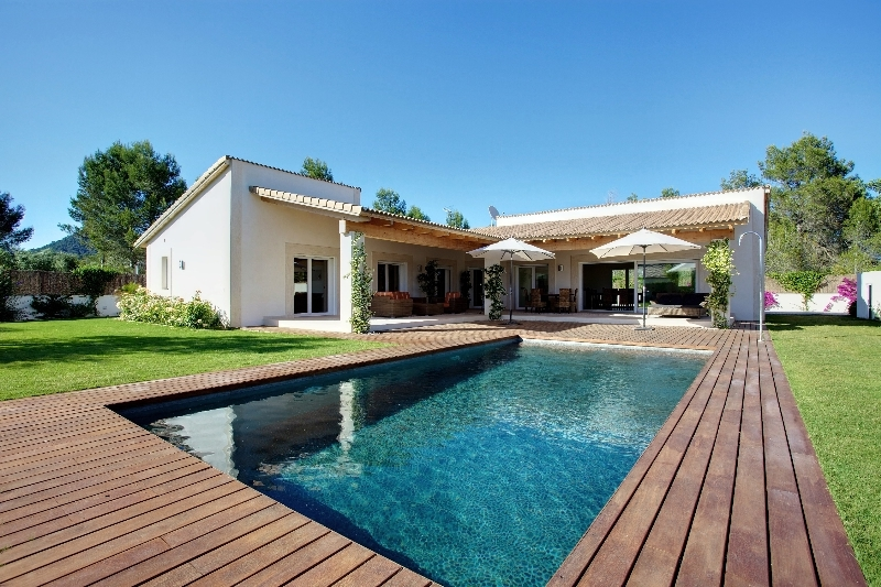 POL4641SUB_6_Modern_Villa_Pool_Mallorca